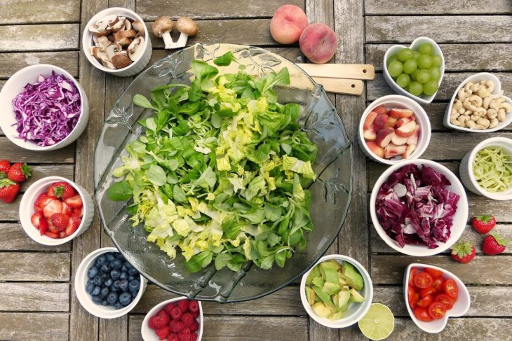 ビタミン豊富な食べ物のイメージ