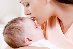 母親と赤ちゃんのイメージ
