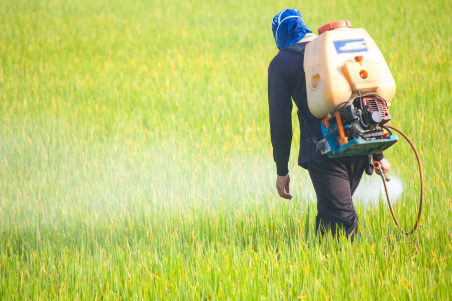 農薬散布のイメージ