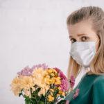 花粉症の人のイメージ